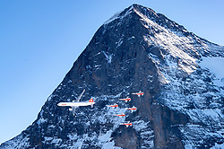 16.01.2020, Lauberhorn, Wengen, SUI, FIS Weltcup Ski Alpin, Vorberichte, im Bild Airbus A320 und Patrouille Suisse mit F/A-18 Swiss Hornet in Hintergrund die Eiger Nordwand // Airbus A320 and Patrouille Suisse with F/A-18 Swiss Hornet in front of Nord Face during a preliminary reports prior to the FIS ski alpine world cup at the Lauberhorn in Wengen, Switzerland on 2020/01/16. EXPA Pictures © 2020, PhotoCredit: EXPA/ Johann Groder