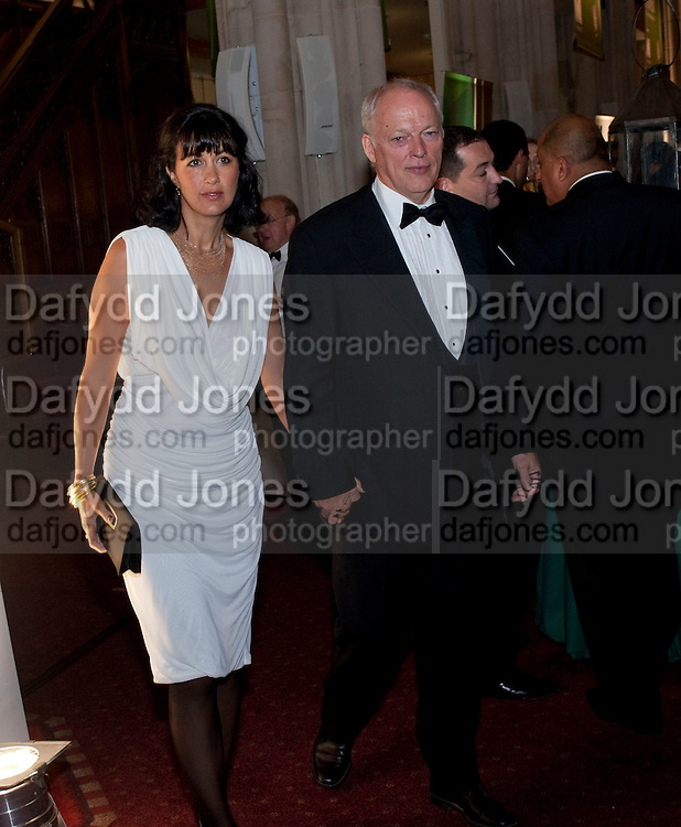 POLLY SAMPSON; DAVID GILMOUR, The 2009 Booker Prize dinner. Guildhall. London. 6 October 2009