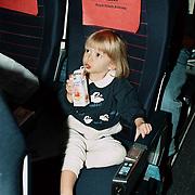 Reis Amerika, Linda Janssen zit in een KLM Boeing 747 stoel