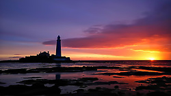 © Licensed to London News Pictures. 10/09/2018. Whitley Bay, UK. Sunrise at St Marys Lighthouse, Whitley Bay on the North East coast. Photo credit: Colin Scarr/LNP