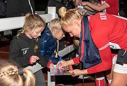 Danique Kerkdijk of Bristol City signs an autograph - Mandatory by-line: Paul Knight/JMP - 17/11/2018 - FOOTBALL - Stoke Gifford Stadium - Bristol, England - Bristol City Women v Liverpool Women - FA Women's Super League 1