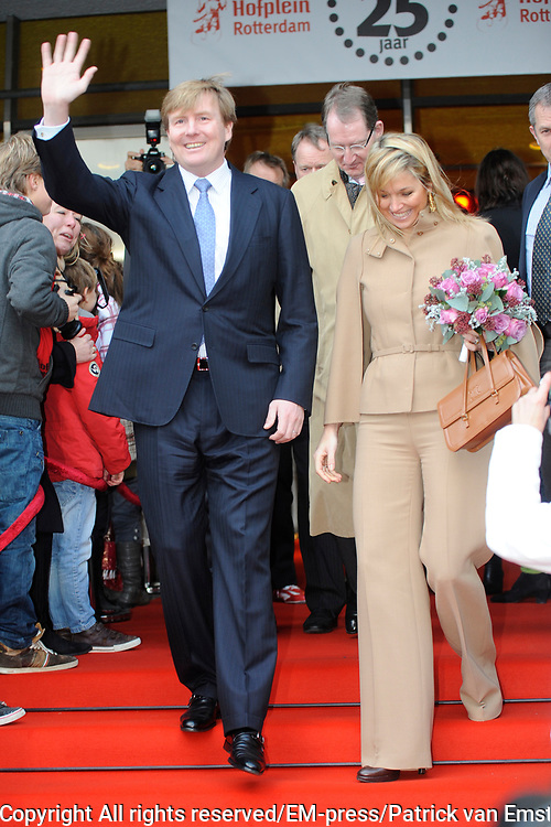 Prince and Princess of Holland attend anniversary Hofplein Rotterdam.<br /> <br /> Their Royal Highnesses the Prince of Oranje and Princess M&aacute;xima of the Netherlands attended on Sunday December 12 th  the anniversary show 'The Birthday of King Louis the One &quot;in the theater of Hofplein Rotterdam. The show is held on the occasion of the celebration of the 25th anniversary.<br /> <br /> Hofplein Rotterdam is the collective name for a theater, Jeugdtheaterschool Hofplein