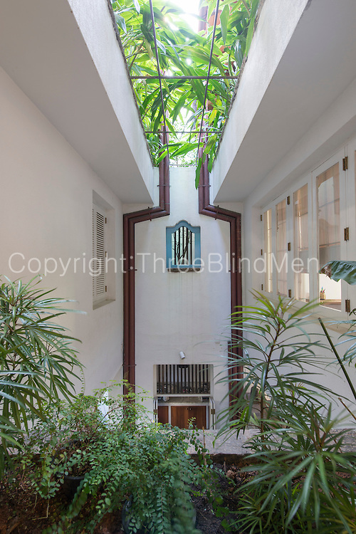 Town House at Rotunda gardens. Colombo.<br /> Architect C. Anjalendran<br /> Photographer Sebastian Posingis