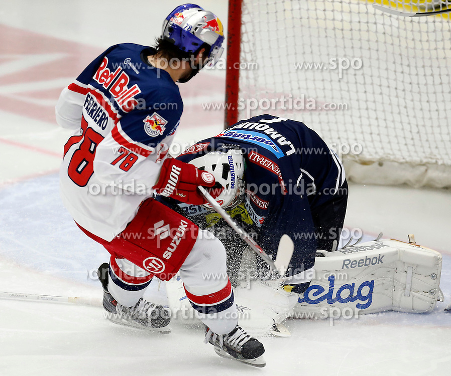 27.09.2015, Stadthalle, Villach, AUT, EBEL, EC VSV vs EC Red Bull Salzburg, 6. Runde, im Bild Benn Ferriero (EC RBS) und Jean Philippe Lamoureux (VSV) // during the Erste Bank Icehockey League 6th round match between EC VSV vs EC Red Bull Salzburg at the City Hall in Villach, Austria on 2015/09/27, EXPA Pictures © 2015, PhotoCredit: EXPA/ Oskar Hoeher