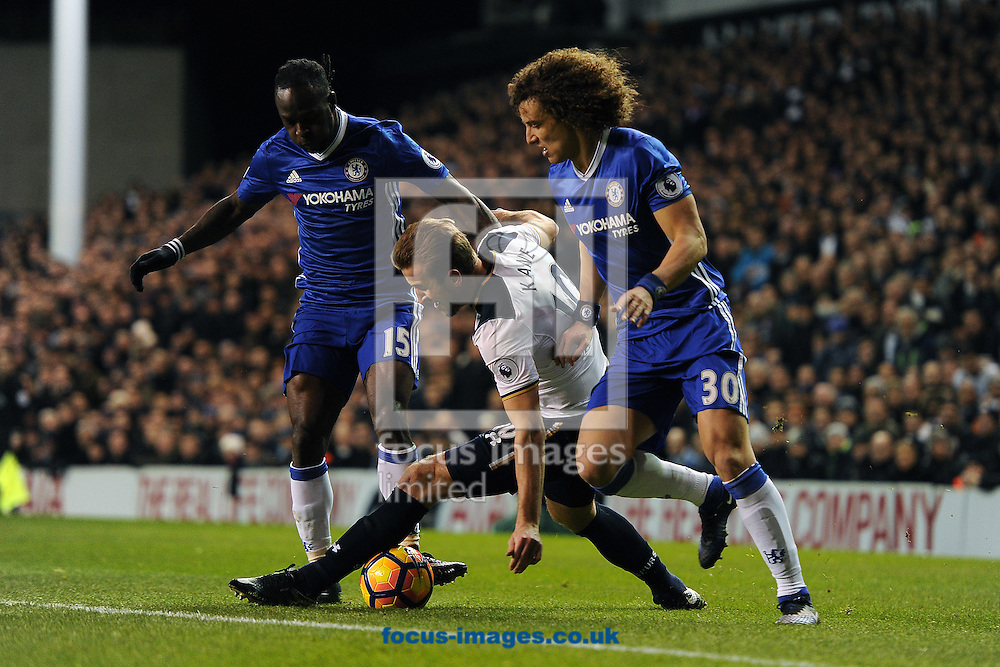 Harry Kane of Tottenham Hotspur looks to get past David Luiz of Chelsea during the Premier League match between Tottenham Hotspur and Chelsea at White Hart Lane, London<br /> Picture by Richard Blaxall/Focus Images Ltd +44 7853 364624<br /> 04/01/2017