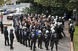 07.09.2010, Weserstadion, Bremen, GER, Polizeiübung / Polizeiuebung, im Bild Polizisten mit den Gaestefans   EXPA Pictures © 2010, PhotoCredit: EXPA/ nph/  Frisch+++++ ATTENTION - OUT OF GER +++++