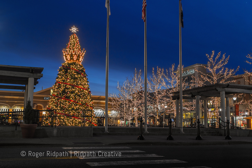 Zona Rosa Shopping Kansas City, Missouri Christmas Holiday Season at Sunset Early Evening with crown and lights