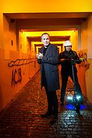 """Dominique Bertail et Zep, respectivement dessinateur et scénariste publient """"Paris 2119"""" (éditions Rue de Sèvres), une bande dessinée futuriste où les habitants sont scannés et reconnus dans les espaces publics et préfèrent la téléportation au métro. Genève janvier 2019"""