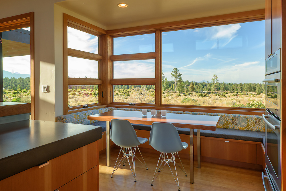 Modern, house, Bend, Oregon, exterior,62644 Sparrow Hawk Circle