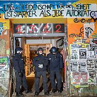 2016/01/13 Berlin | Politik | Polizei durchsucht Rigaer Straße 94