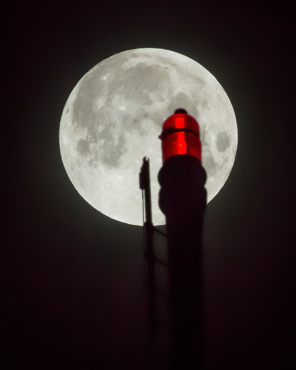 Full Moon and St Johns Bridge Oct 08, 2014 by Mick Orlosky / Redfishingboat