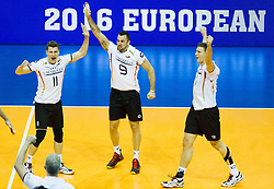 09.01.2016, Max Schmeling Halle, Berlin, GER, CEV Olympia Qualifikation, Deutschland vs Russland, im Bild Lukas Immanuel Kampa (#11, GER), Gyorgy Georg Grozer (#9, GER) und Christian Fromm (#1, GER) // during 2016 CEV Volleyball European Olympic Qualification Match between Germany and Russia at the Max Schmeling Halle in Berlin, Germany on 2016/01/09. EXPA Pictures © 2016, PhotoCredit: EXPA/ Eibner-Pressefoto/ Wuechner<br /> <br /> *****ATTENTION - OUT of GER*****