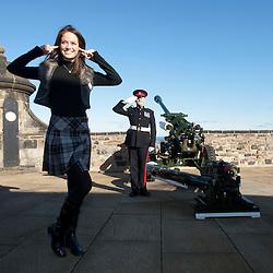 Miss World 2011 contestants visit Edinburgh Castle