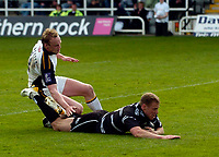 Photo: Jed Wee.<br />Newcastle Falcons v Leeds Tykes. Guinness Premiership. 06/05/2006.<br /><br />Newcastle's Anthony Elliott rounds off an excellent individual try.