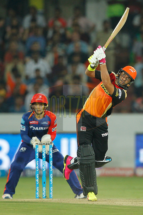 Yuvraj Singh of Sunrisers Hyderabad hit the six during match 42 of the Vivo IPL 2016 (Indian Premier League ) between the Sunrisers Hyderabad and the Delhi Daredevils held at the Rajiv Gandhi Intl. Cricket Stadium, Hyderabad on the 12th May 2016<br /> <br /> Photo by Deepak Malik / IPL/ SPORTZPICS