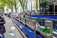 ROTTERDAM - riots in rotterdam after feyenoord not winning the championships Supporters van Feyenoord raken slaags met de politie in het centrum van Rotterdam. Nadat Feyenoord onverwachts verloor bij Excelsior.  Feyenoord nog geen landskampioen in een kampioenswedstrijd verloor Feyenoord verloor met 3-0 van Excelsior waardoor de al uitgebreid voorbereide titelviering moest worden uitgesteld. Door het onverwachte verlies braken er ongeregeldheden uit in de binnenstad van Rotterdam. De politie moest uitrukken.  copyright robin utrecht