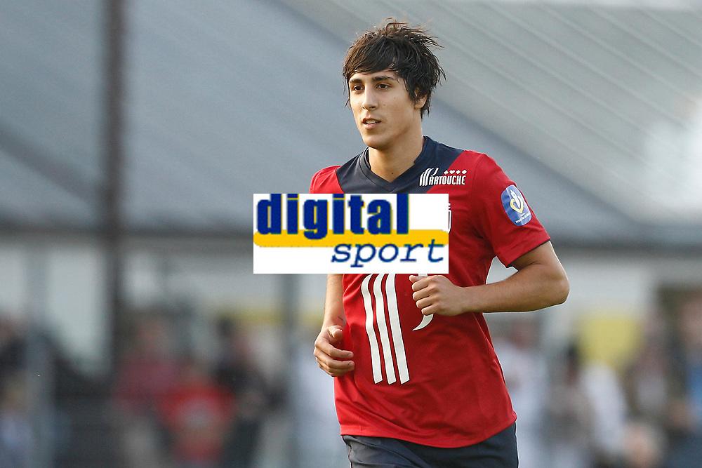 FOOTBALL - FRIENDLY GAMES 2012/2013 - LILLE OSC v ES TROYES - 21/07/2011 - PHOTO CHRISTOPHE ELISE / DPPI - GIANNI BRUNO (LOSC)