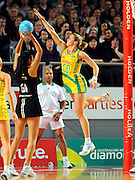 Maria Tutaia (NZ) / Julie Corletto (AUS)<br /> Netball - 2009 Holden International Test Series<br /> Australian Diamonds v New Zealand Silver Ferns<br /> Wednesday 9 September 2009<br /> Hisense Arena, Melbourne AUS<br /> © Sport the library / Jeff Crow
