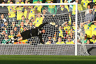 Picture by Paul Chesterton/Focus Images Ltd.  07904 640267.29/10/11.David Hoilett of Blackburn opens the scoring and celebrates during the Barclays Premier League match at Carrow Road stadium, Norwich.