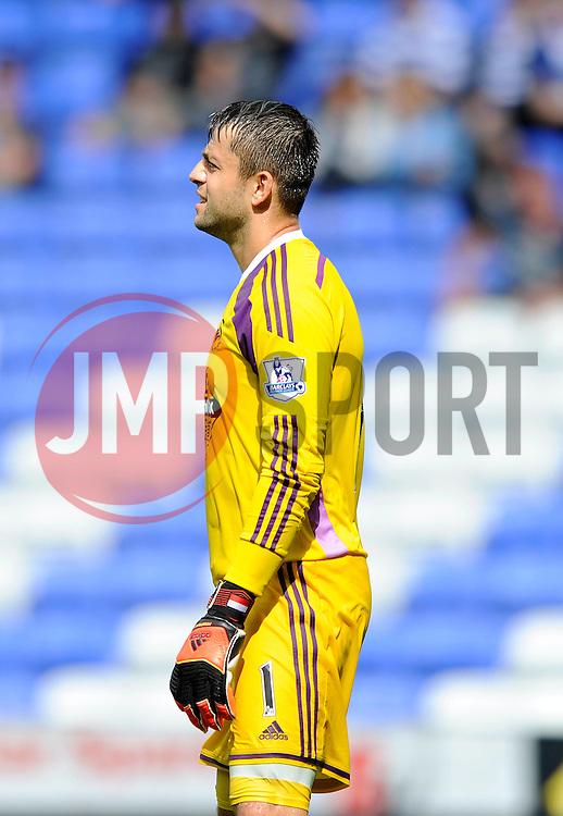 Swansea City's new signing, Lukasz Fabianski - Photo mandatory by-line: Dougie Allward/JMP - Mobile: 07966 386802 02/08/2014 - SPORT - FOOTBALL - Reading - Madejski Stadium - Reading v Swansea - Pre-Season Friendly