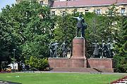 Eastern Europe, Hungary, Budapest, a statue of Kossuth Lajos