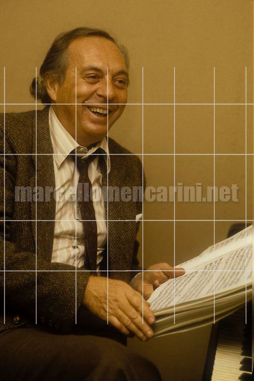 Italian conductor Pierluigi Urbini (about 1985) / Il direttore d'orchestra Pierluigi Urbini (1985 circa) - © Marcello Mencarini