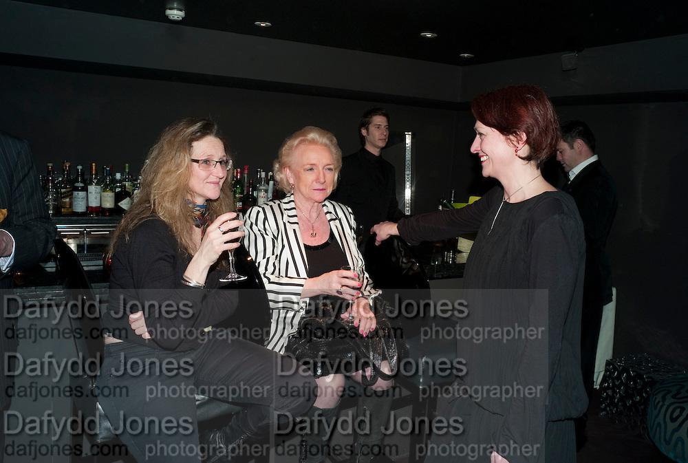 SUZANNE GREGORY; ALEXANDRA SHANAHAN; NANCY MEARA, Book launch for La di da di Bloody Da! by Robin Anderson. Fleming's cocktail bar. Half Moon St. London. 8 Feb 2010.