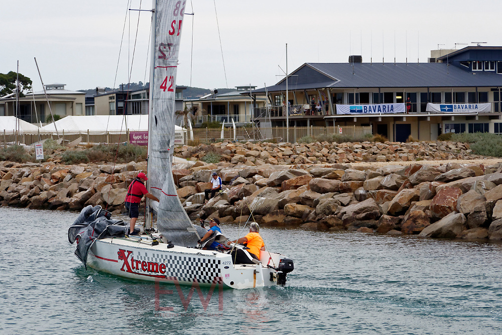 Sail Peninsula Regatta 2018 Thursday night race 22rd February 2018<br /> <br /> Larger Versions available on request.  Call 0407 526 396
