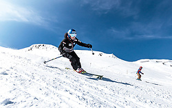 02.04.2018, Skizentrum Hochzillertal, Kaltenbach, AUT, JumpandReach Skitag, im Bild Elisabeth Raudaschl // during the Skiing Day after the Winterseason with the Austrian JumpandReach Athletes at the Skiresort Hochzillertal, Austria on 2018/04/02. EXPA Pictures © 2018, PhotoCredit: EXPA/ JFK