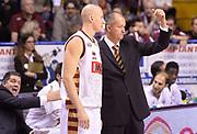 DESCRIZIONE : Venezia campionato serie A 2013/14 Reyer Venezia EA7 Olimpia Milano <br /> GIOCATORE : Zare Markovski<br /> CATEGORIA : allenatore coach<br /> SQUADRA : Reyer Venezia<br /> EVENTO : Campionato serie A 2013/14<br /> GARA : Reyer Venezia EA7 Olimpia<br /> DATA : 28/11/2013<br /> SPORT : Pallacanestro <br /> AUTORE : Agenzia Ciamillo-Castoria/A.Scaroni<br /> Galleria : Lega Basket A 2013-2014  <br /> Fotonotizia : Venezia campionato serie A 2013/14 Reyer Venezia EA7 Olimpia  <br /> Predefinita :