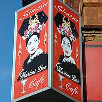 Simone Cafe