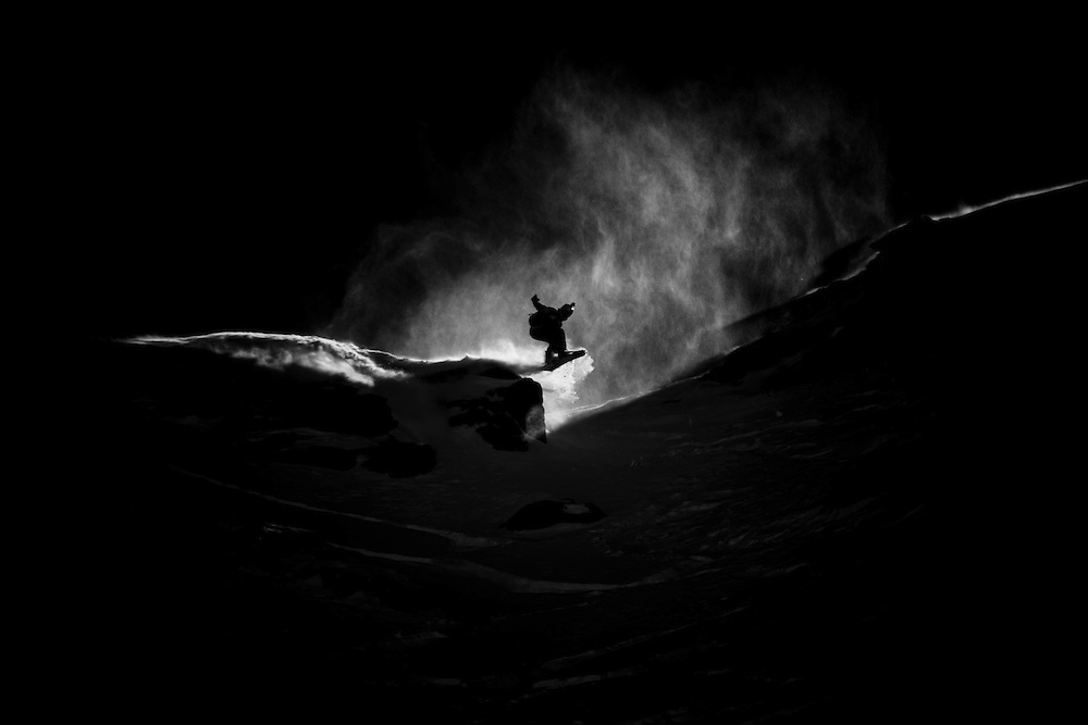 EVENT: NISSAN XTREME VERBIER 2011 BY SWATCH, RIDER: MAX ZIPSER - AUT, SPORT: SNOWBOARD, STYLE: ACTION.Freeride World Tour 2011 - Six locations around the world, Chamonix Mont-Blanc, Engadin St Moritz, Sochi, Kirkwood, Fieberbrunn and Verbier have been selected for the 4th edition of the Freeride World Tour..The planet's top freeride skiers and snowboarders, men and women travel around the world to prove their skills on some of the most challenging faces..www.freerideworldtour.com