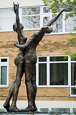 Lovers Statue Doncaster