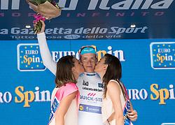 24.05.2017, Bormio, ITA, Giro d Italia 2017, 17. Etappe, Tirano nach Canazei, Val di Fassa, im Bild Bob Jungels (LUX, Quick-Step Floors) // Bob Jungels (LUX, Quick-Step Floors) during the 100th Giro d' Italia cycling race at Stage 17 from Tirano to Canazei, Val di Fassa, Italy on 2017/05/24. EXPA Pictures © 2017, PhotoCredit: EXPA/ R. Eisenbauer
