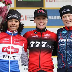 19-01-2020: Wielrennen: Wereldbeker Veldrijden: Nommay<br />Podium vlnr Ceylin Alvarado, Annemarie Worst;, Kate Compton