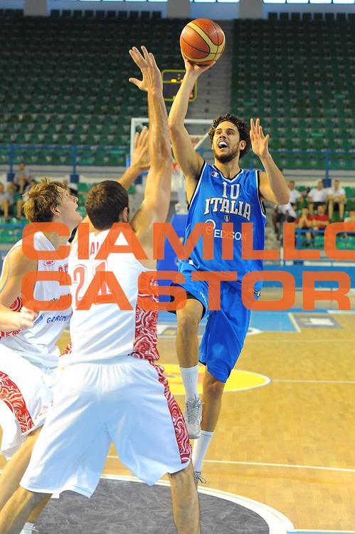 DESCRIZIONE : Cipro European Basketball Tour Italia Russia Italy Russia<br /> GIOCATORE : Luca Vitali<br /> CATEGORIA : Tiro<br /> SQUADRA : Nazionale Italia Uomini <br /> EVENTO : European Basketball Tour <br /> GARA : Italia Russia <br /> DATA : 06/08/2011 <br /> SPORT : Pallacanestro <br /> AUTORE : Agenzia Ciamillo-Castoria/GiulioCiamillo<br /> Galleria : Fip Nazionali 2011 <br /> Fotonotizia :  Cipro European Basketball Tour Italia Russia Italy Russia<br /> Predefinita :