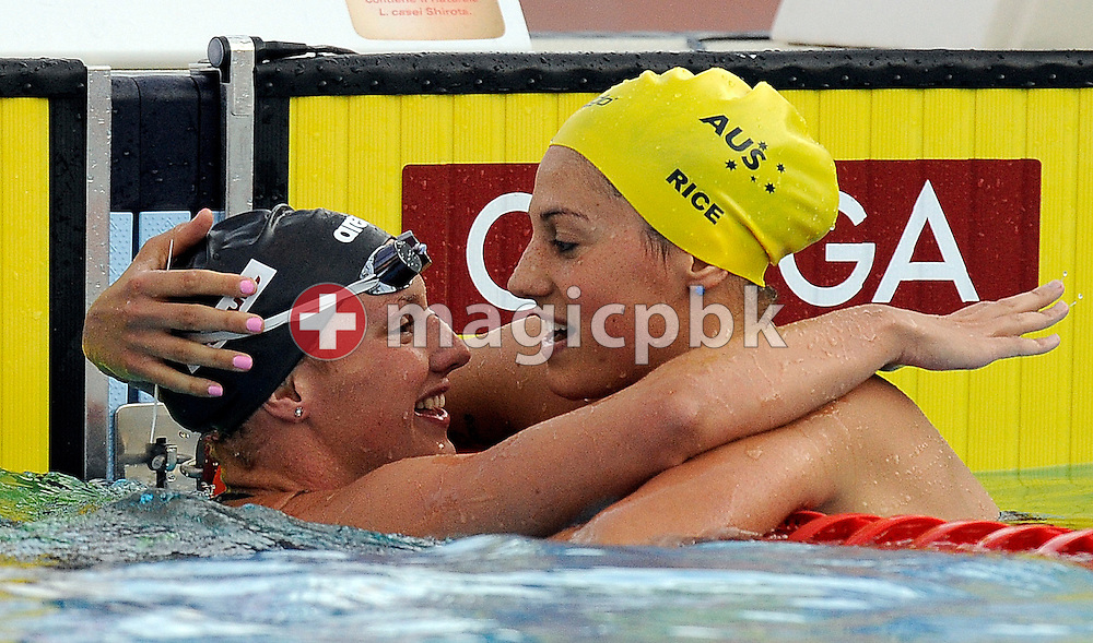 Winner Katinka Hosszu (L) of Hungary is being congratulated by third placed Stephanie Rice of Australia after competing in the women's 400m individual medley final the 13th FINA World Championships at the Foro Italico complex in Rome, Italy, Sunday, Aug. 2, 2009. (Photo by Patrick B. Kraemer / MAGICPBK)