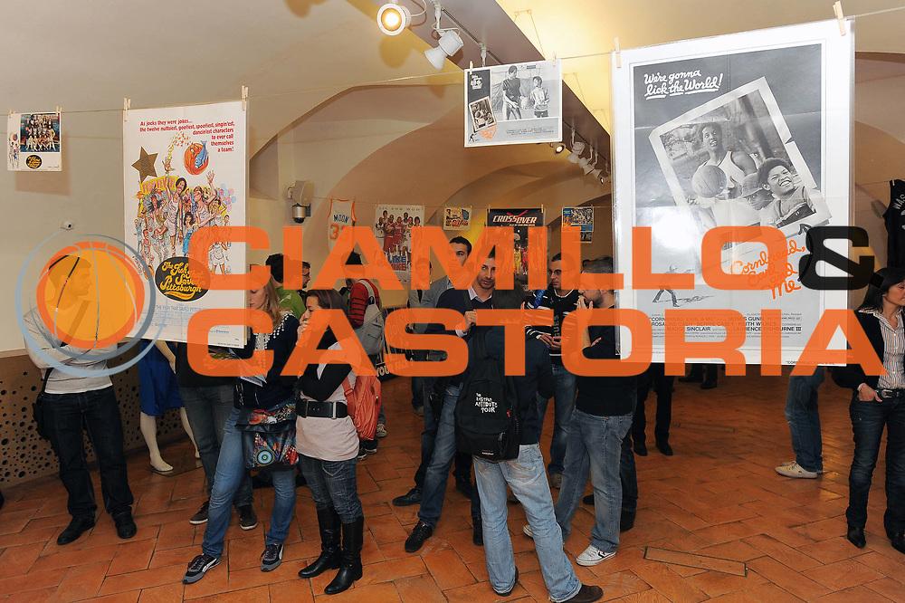 DESCRIZIONE : Milano Mostra e Conferenza Stampa 24 Basketball Movies Sport Movies &amp; TV 2010<br /> GIOCATORE :<br /> SQUADRA :<br /> EVENTO : Mostra e Conferenza Stampa 24 Basketball Movies Sport Movies &amp; TV 2010<br /> GARA : <br /> DATA : 29/10/2010<br /> CATEGORIA : Ritratto Curiosita<br /> SPORT : Pallacanestro<br /> AUTORE : Agenzia Ciamillo-Castoria/A.Dealberto<br /> Galleria : FIP 2010<br /> Fotonotizia : Milano Mostra e Conferenza Stampa 24 Basketball Movies Sport Movies &amp; TV 2010<br /> Predefinita :