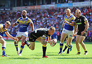 Kevin Brown of Warrington Wolves scores the third try against Leeds Rhinos during the Ladbrokes Challenge Cup Semi Final match at the Macron Stadium Stadium, Bolton.<br /> Picture by Michael Sedgwick/Focus Images Ltd +44 7900 363072<br /> 05/08/2018