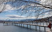 Switzerland, Zurich: la passerella sul lago Cassiopeisteg