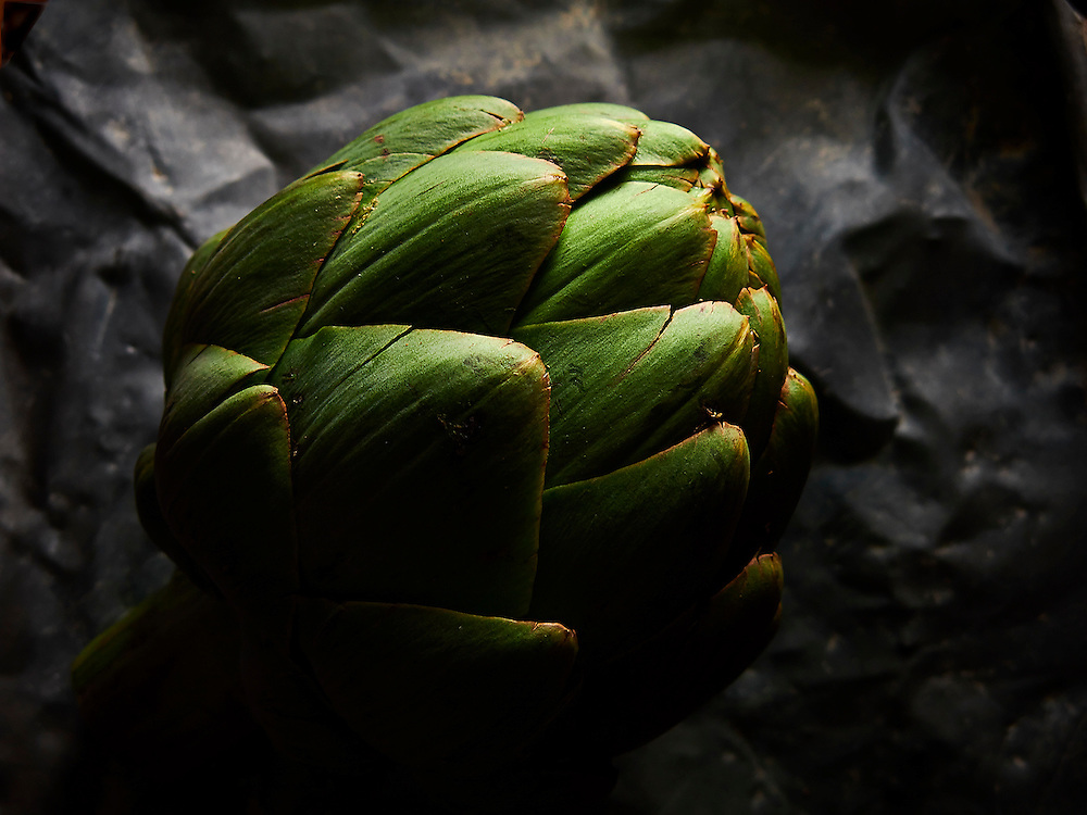 Artichoke on steel .