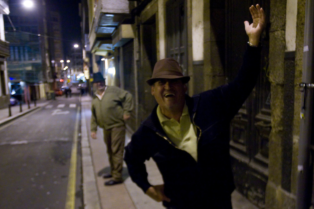 (A Coruña, Spain - October 22, 2009) - Will Nunnally, Ivan and Roisin Tighe spend the night out on the town in A Coruña, Spain...Photo by Will Nunnally / Will Nunnally Photography
