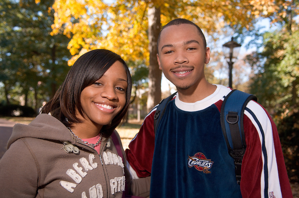 18487Campus Fall ..Tamatha Scott and Al Andrews