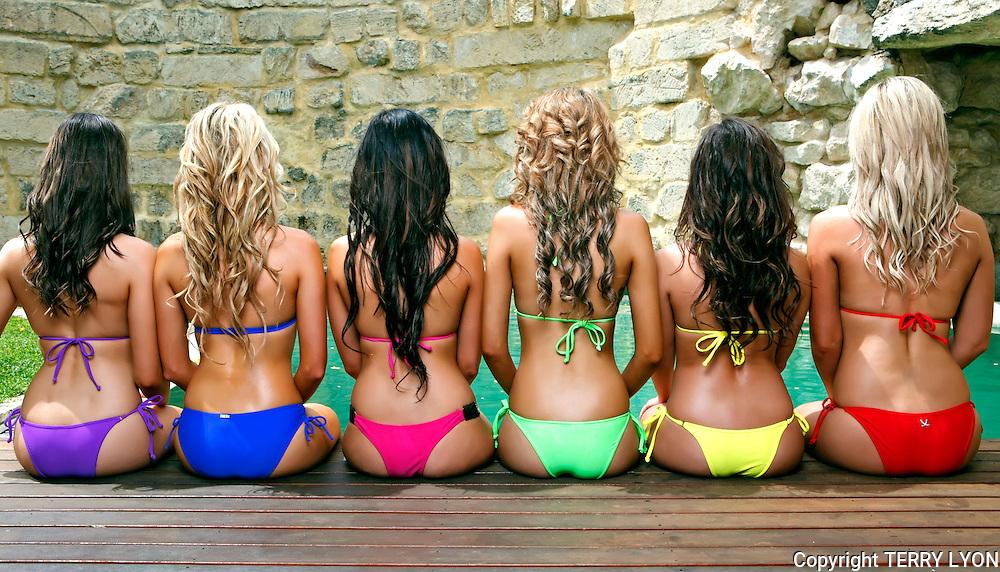 Beach babes themed 6 girl pool shoot, Renee Ashley, Vanessa Jane Carley, Jacey Brown, Taryn Fencl, Krystal Dawson, Terry Lyon Photohraphy. , Terry Lyon Photography