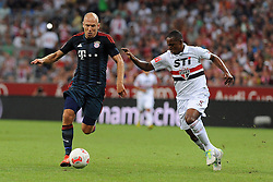 31.07.2013, Allianz Arena, Muenchen, Audi Cup 2013, FC Bayern Muenchen vs Sao Paulo, im Bild, Arjen ROBBEN (FC Bayern Muenchen)und rechts WELLINGTON (Sao Paulo FC) // during the Audi Cup 2013 match between FC Bayern Muenchen and Sao Paulon at the Allianz Arena, Munich, Germany on 2013/07/31. EXPA Pictures © 2013, PhotoCredit: EXPA/ Eibner/ Wolfgang Stuetzle<br /> <br /> ***** ATTENTION - OUT OF GER *****
