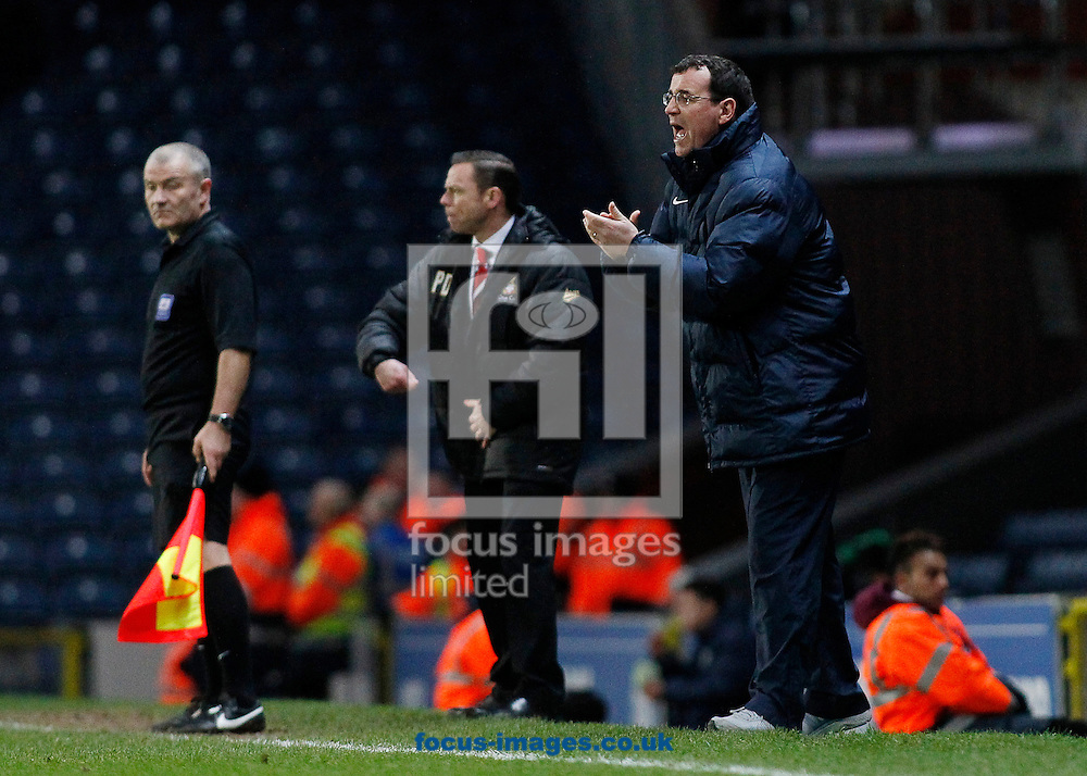 Picture by Michael Sedgwick/Focus Images Ltd +44 7900 363072<br /> 11/01/2014<br /> Gary Bowyer, manager of Blackburn Rovers shouts instructions to his players during the Sky Bet Championship match against Doncaster Rovers at Ewood Park, Blackburn.