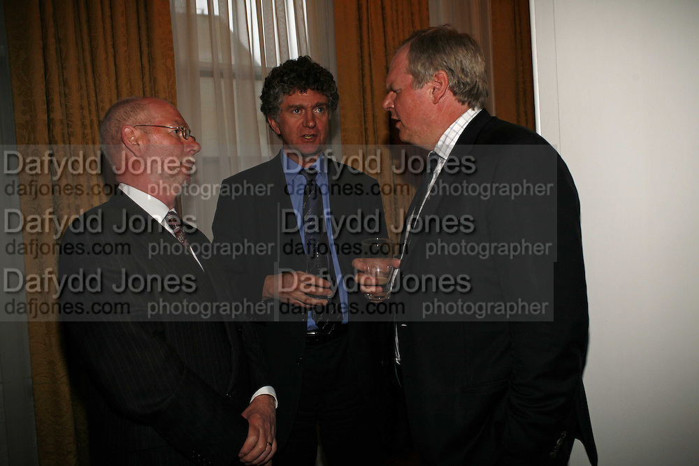 IRISH AMBASSADOR DAITHI O'CEALLAIGH, JONATHAN POWELL AND ADAM BOULTON. Seamus Heaney reading and party. Irish Embassy. Grosvenor Place. 21 April 2006. ONE TIME USE ONLY - DO NOT ARCHIVE  © Copyright Photograph by Dafydd Jones 66 Stockwell Park Rd. London SW9 0DA Tel 020 7733 0108 www.dafjones.com