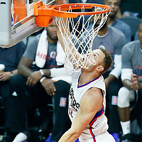09 November 2016: Los Angeles Clippers forward Blake Griffin (32) goes for the layup during the LA Clippers 111-80 victory over the Portland Trail Blazers, at the Staples Center, Los Angeles, California, USA.