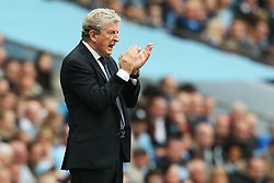 Crystal Palace manager Roy Hodgson attempts to encourage his players - Mandatory by-line: Matt McNulty/JMP - 23/09/2017 - FOOTBALL - Etihad Stadium - Manchester, England - Manchester City v Crystal Palace - Premier League