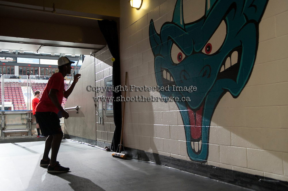 KELOWNA, CANADA - JANUARY 3: Michael Herringer #30 of Kelowna Rockets warms up off ice against the Prince George Cougars on January 3, 2015 at Prospera Place in Kelowna, British Columbia, Canada.  (Photo by Marissa Baecker/Shoot the Breeze)  *** Local Caption *** Michael Herringer;